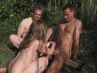 cornudo en el bosque