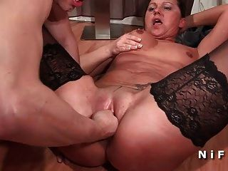 french milf fisted y doble penetración