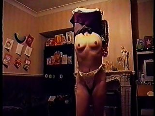 holly haris stripping para sus esposos compañeros