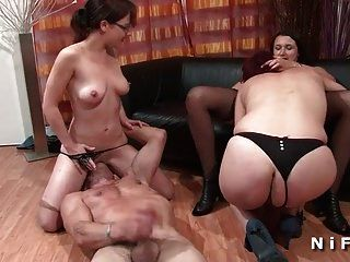 fffm duro anal y puño fucking sesión