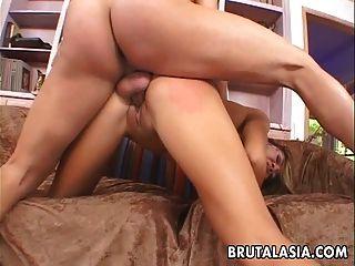 asiática chick culo y cara follada