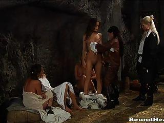 blood countess 2 hermosa película lesbiana bdsm