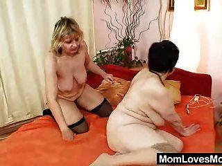 amateur grannies perverse lesbian pussy juegos