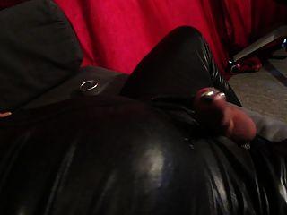 enorme electro estimulación corrida a través dilatador y consolador anal