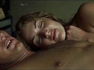 kate winslet escenas de sexo en poco