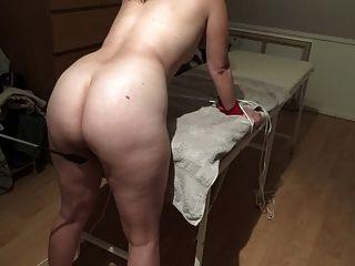 chica danesa ligera nalgadas con whip lidt blid bondage pierna