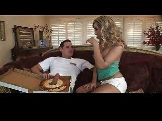 jessica lynn jodido pizza chico !!!