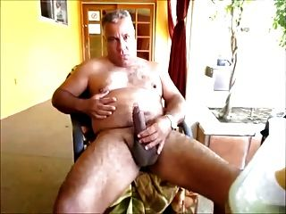 Viejo macho peludo gay