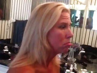 wifey odia a lavarse el cum