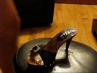 sborra colina trabajo cum zapatos piedi mulesjob esperma pies