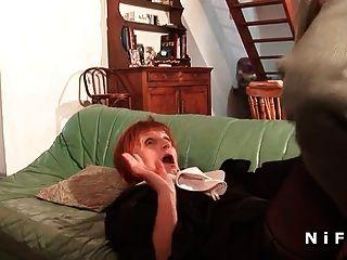 una monja francesa dura sodomizada en tres vías