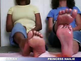 más pies de ébano y marfil