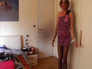 Corinne con su vestido de preferencia