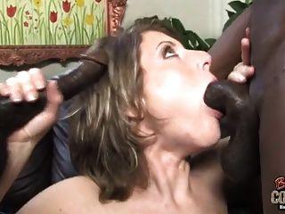 mujer zorra creampied por dos negros mientras mi marido