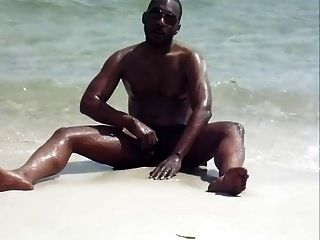 jerking en la playa