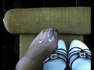 cum todo en mis pies !!!