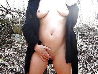 mia moglie nel bosco