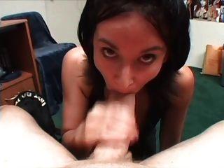 eyaculacion en la boca tragando semen