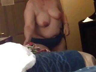 bbw esposa clair tetas grandes tetas y pone en bata