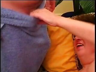afeitado maduro chubby folla con los jóvenes