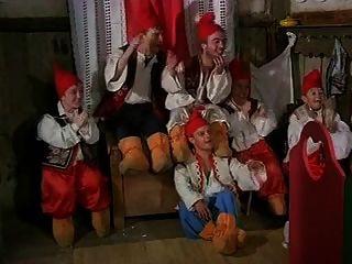 nieve blanca y 7 enanitos (1995)
