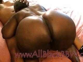 gran botín negro granny obtiene creampie!