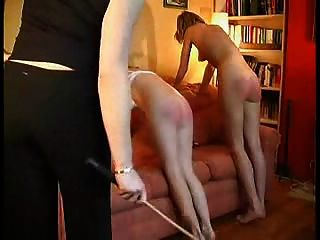 2 chicas caned.