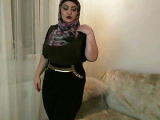 hijab cachonda