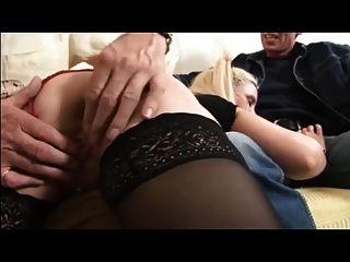 esposa británica es azotado y jodido por viejo y esposo
