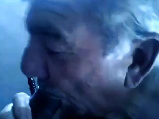 chub viejo abuelo mierda
