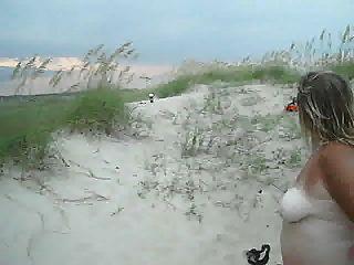 esposa ver a los pescadores de su video desnudo en el océano