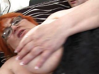 abuelita ssbbw follada por el joven