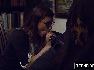 teenfidelity schoolgirl alaina dawson creampied por el profesor