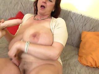 mamá madura de la bomba del sexo con las tetas enormes ssbbw