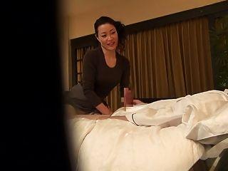 subtitulado japonés milf masaje terapeuta seducción en hd