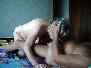 abuela y abuelo mierda