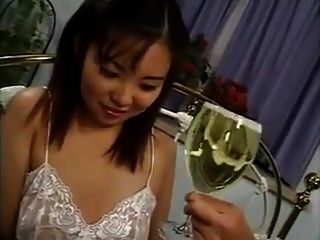 xhamster.com 6668672 piss asian drink (1) .mp4