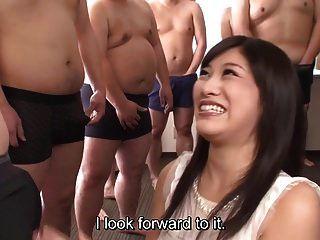 subtitulado cfnm japanese gokkun fiesta con miki sunohara