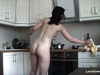 conseguir desnudo en la cocina la hace feliz!