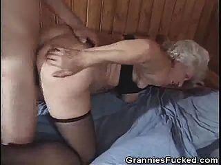 abuelita ama cum y estilo perrito fucking