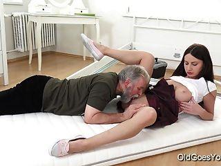 viejo va joven nakita tiene el sexo más asombroso
