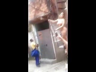 tranny desnuda en la favela