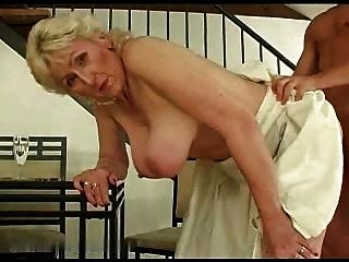 rubia peluda abuelita r20
