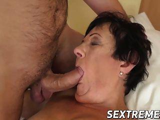 morena abuelita hettie con tetas pequeñas railed by big dick