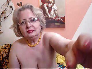 pawg modelo de abuelita en webcam sabe cómo hacer su trabajo 69084