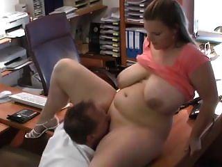 patito alemán grueso follada en la oficina