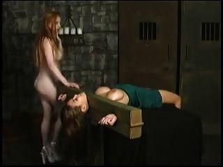 lesbianas caras dominación y asfixia