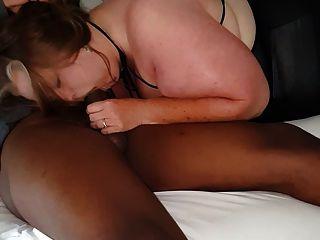 A la esposa le encanta chupar la polla, bbc joven semental en motel
