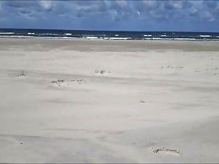 exhibicionista tirones en la playa