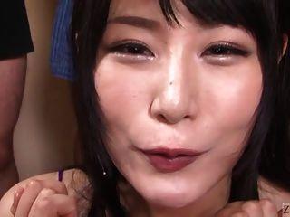 Subtitulada japonesa gokkun tragándose la fiesta con chigusa hara